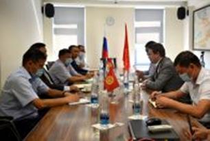 Председатель Правления ОАО «Айыл Банк» Улан Букабаев принял участие на встрече руководителей РКФР, РСК Банка, Керемет Банка и Гарантийного Фонда