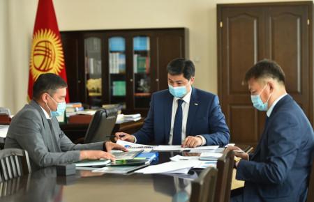 Улукбек Марипов поручил пересмотреть механизм выдачи сельскохозяйственных кредитов